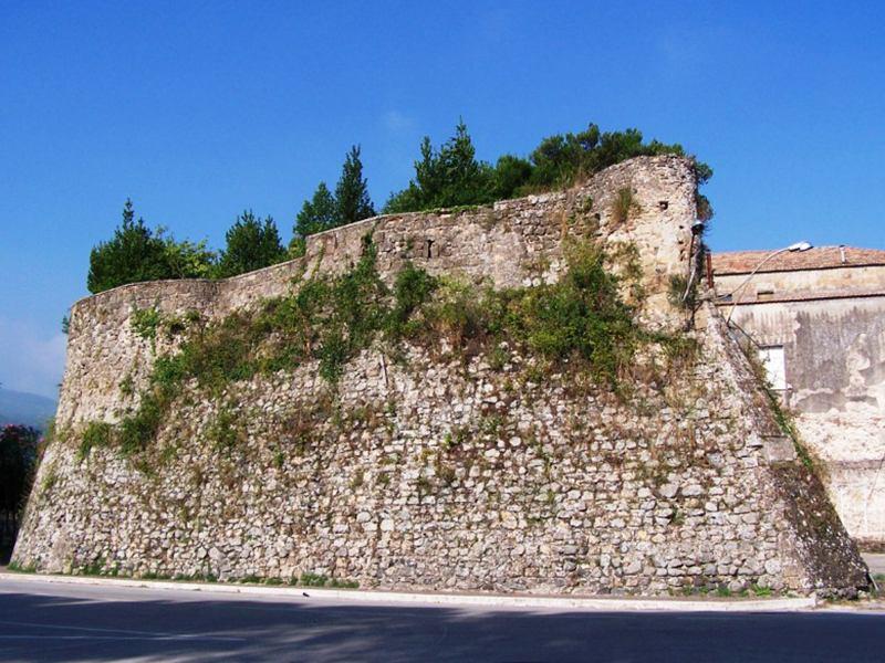 Castello di Conca della Campania, il giardino pensile