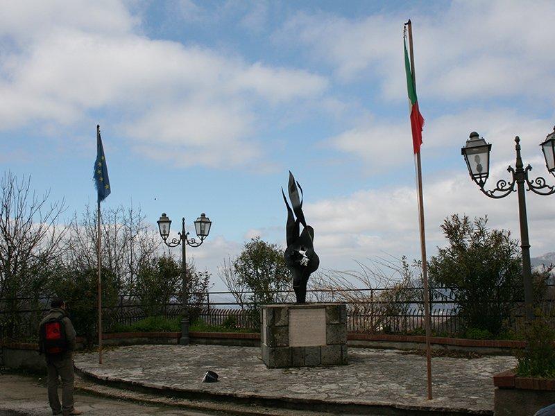 Monumento ai Martiri di Orchi