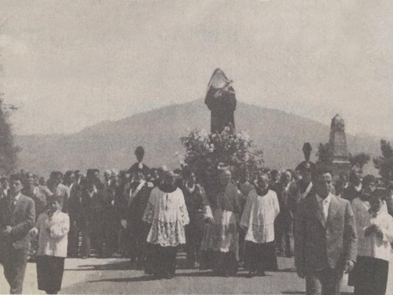 1955 - Don Mariano Trapani con Mons. Sperandeo a Conca come Vicario Foraneo