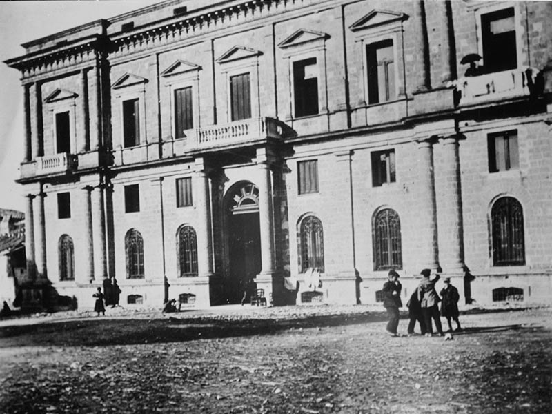 Palazzo Galdieri Bartoli a Conca della Campania