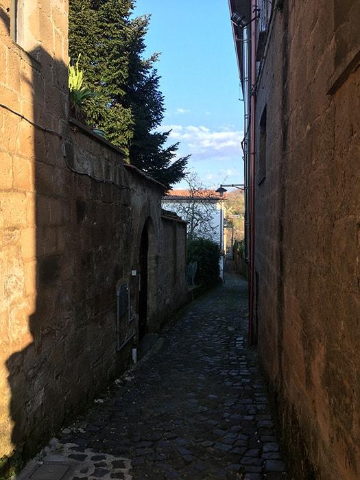 Conca della Campania - Via Giuseppe Nicastro verso Via Calderai